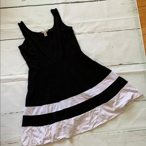 Black and white Banana Republic dress size 8
